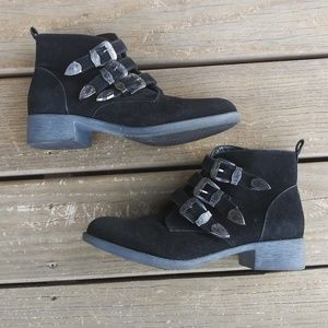 Rampage Black Suede Buckled Ankle Lefthook Booties
